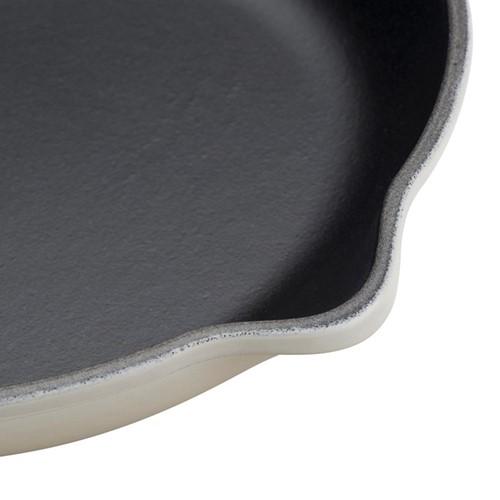 Signature Cast Iron Round skillet, 26cm, meringue