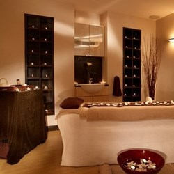 5-star espa body massage at the Balmoral spa