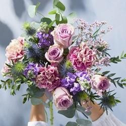 Lux Letterbox flower subscription, 3 months