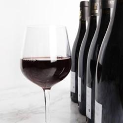Case of red Burgundy, 6 bottles