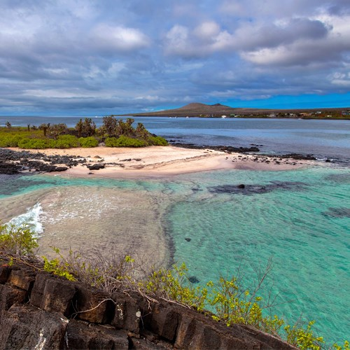 Exclusive escape for two to the Galápagos
