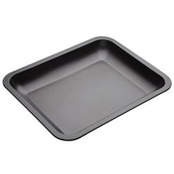 Sloped roasting pan, 38 x 30.5 x 7cm
