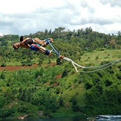 Tandem bungee jump experience fund