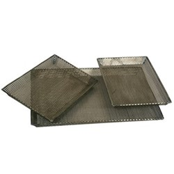 Set of 3 grill trays, perforated