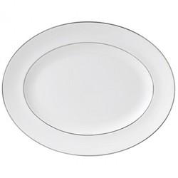 Signet Platinum Oval dish, 35cm