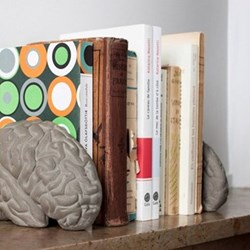 Gray Matters Concrete brain bookends, L16 x W13.5 x H11.5cm, concrete
