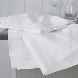 Seville Tablecloth, 140 x 230cm, white