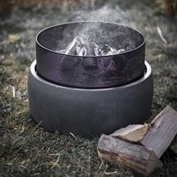 Lyneham Round fire pit, H38 x W54.5 x D54.5cm, black