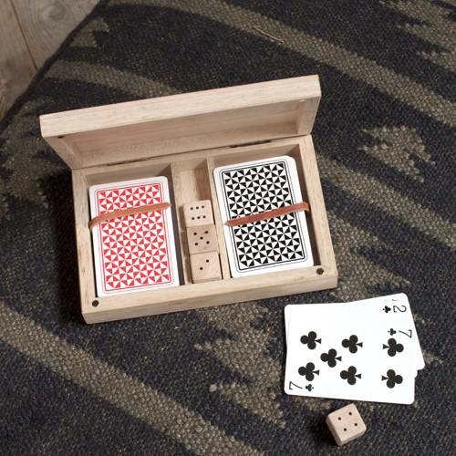 Mango Wood card & dice set, 3.5 x 18 x 11.5cm, mango wood