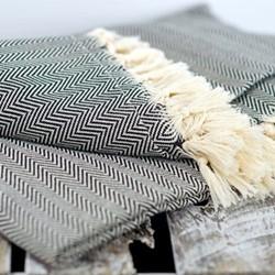 Herringbone Blanket, 200 x 240cm, black