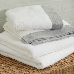 Justina Set of 4 organic cotton towels, white