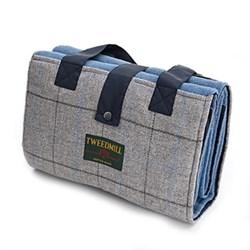Leisure Waterpoof backed rug, 137 x 137cm, denim/navy/silver