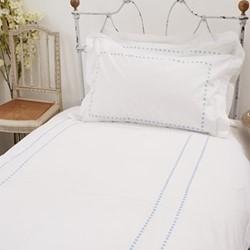 Dots Super king size duvet cover, 260 x 220cm, blue 200 thread count cotton