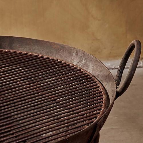 Reclaimed iron kadai with grill, H55 x W90 x D100cm, iron