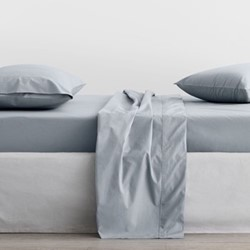 300 Organic Percale Double fitted sheet, 137 x 190 x 38cm, river