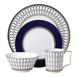 Renaissance Gold 4 piece dinnerware set, white