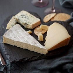 Heart cheeseboard gift box, 29cm
