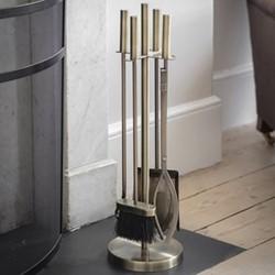 Erbington Set of 4 fireside tools, H62.5cm, antique brass