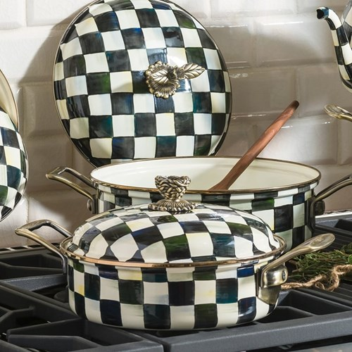 Courtly Check Cookware