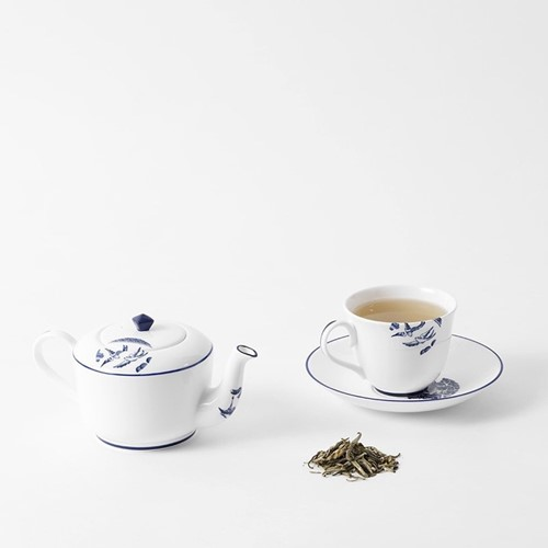 Details from Willow Tea and Coffee Cobalt